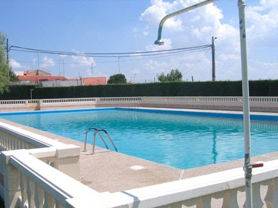 Not cias de castelo de vide piscina municipal la charca for Piscina municipal de valencia