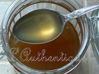 L 39 authentique sirop antitussif au miel et aux herbes for Antitussif maison