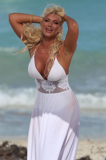 Brooke Hogan Bikini Pics 43