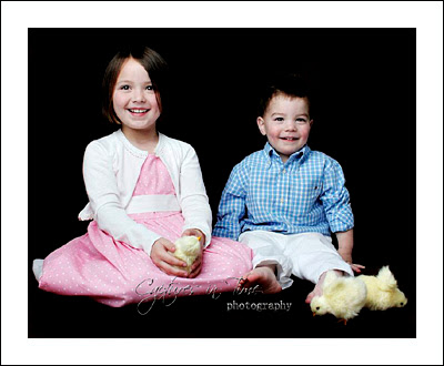 Kansas City Child Photographer siblings sitting with chicks