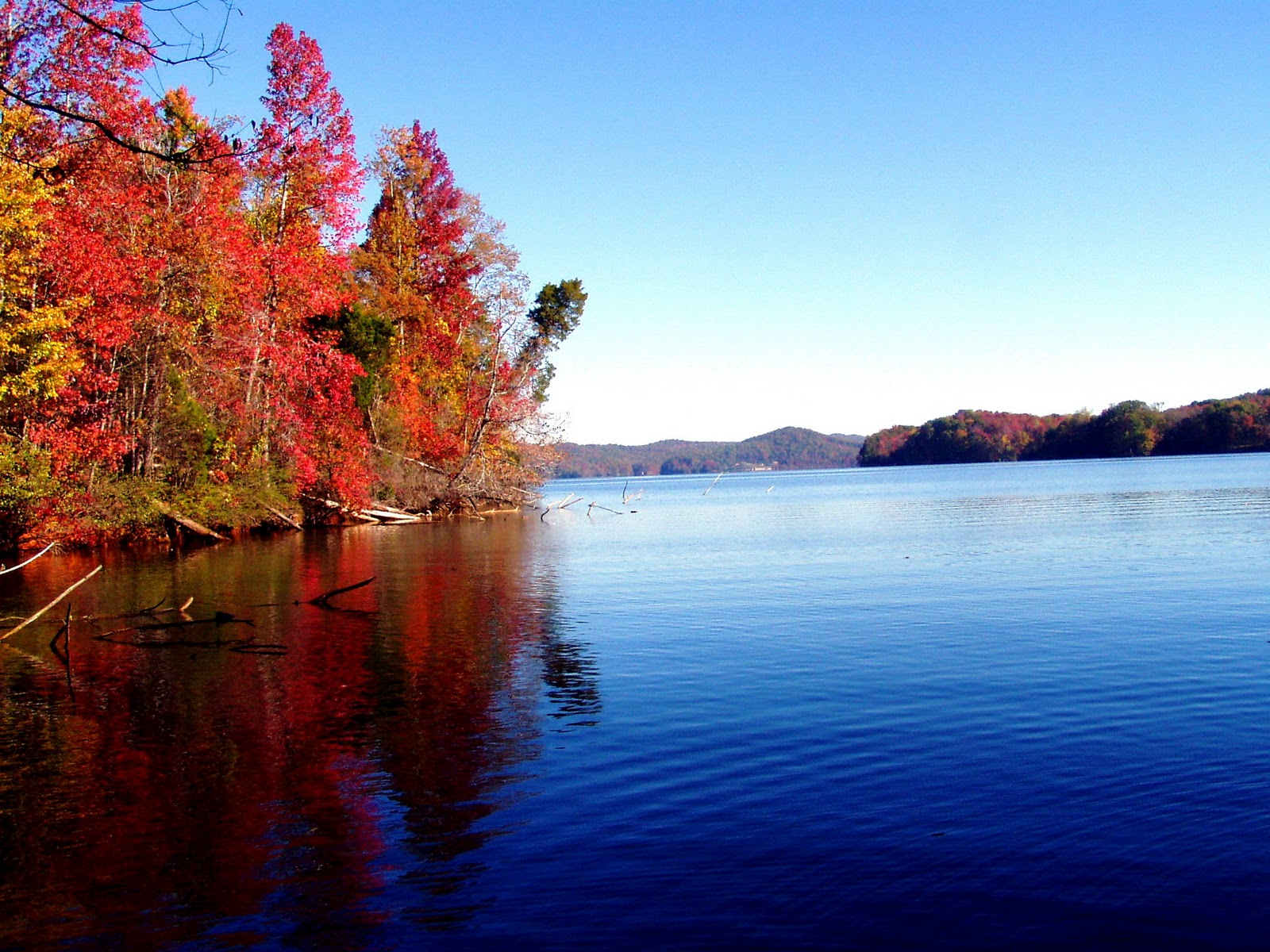 Fall Scenes Desktop Wallpaper Pictures For Everyone No Trash Lake Scenes