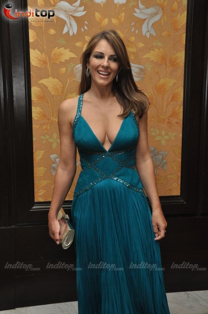 Wallpaper World Liz Hurley Graces Royal Rajasthan Gala