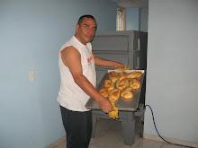 Pan Caliente a toda hora