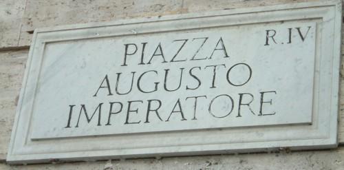 [Piazza+Augusto.jpg]