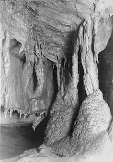 Mammoth Cave formations