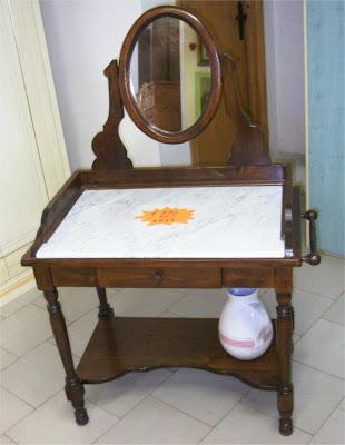 MOBILI BERTINI: Toilette stile 800 da camera in massello