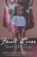Nancy Huston publie d'abord ses livres en français, mais la couverture de l'édition originale Actes Sud est fort austère