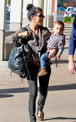 Kourtney Kardashian in Calabasas with Scott and Mason