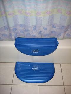 adventures in everyday life baby smart cooshee tub guard kneeler. Black Bedroom Furniture Sets. Home Design Ideas