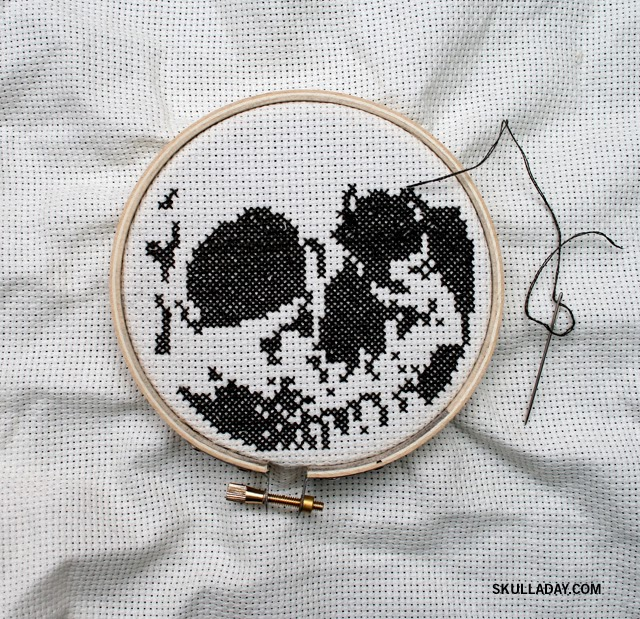 Embroidery Magnifying Glass