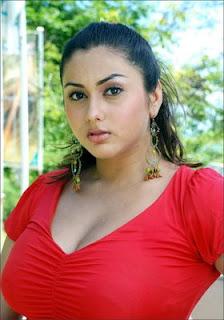 Namitha kapoor boobs