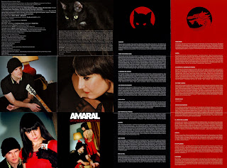 libreto desplegable y carátulas interiores del nuevo disco de Amaral Gato Negro Dragón Rojo