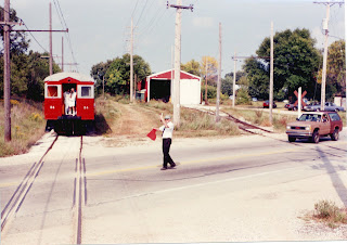 Eddie's Rail Fan Page: Flagging the railroad crossing  The