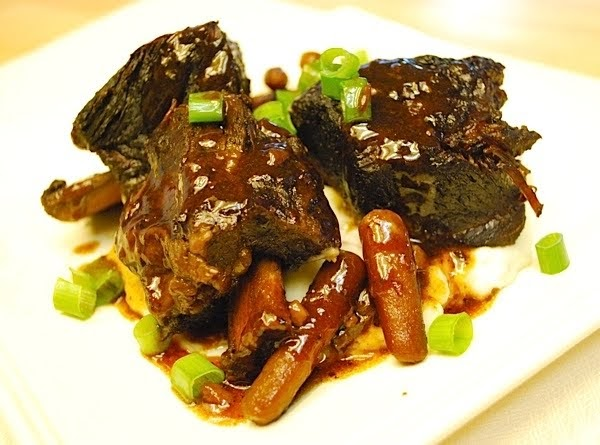 Simple Spice: Slow Cooker Asian Short Ribs