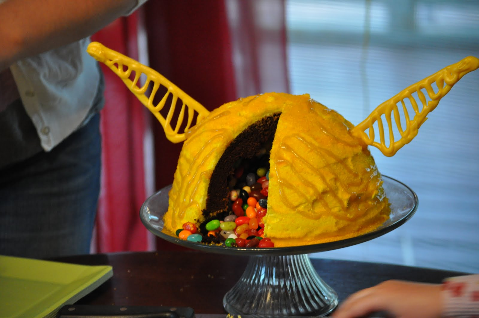 How To Make A Quidditch Cake
