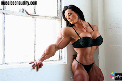 hot female muscle