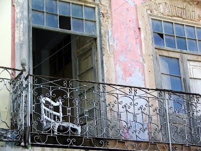 Velha casa, algures em Olhão, Dezembro 2007, © António Baeta Oliveira