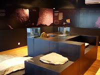 Museu da Escrita do Sudoeste, sala do rés-do-chão, Almodôvar, Setembro 2007, © António Baeta Oliveira