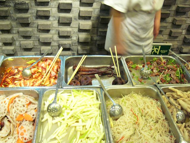 Choose your main course, Chinese Restaurant, Beijing