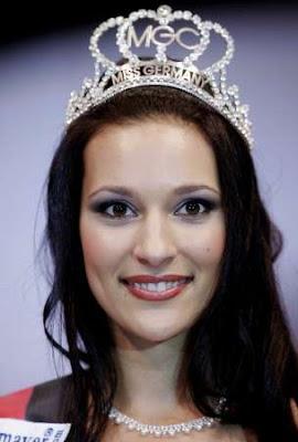 Nelly Marie Bojar