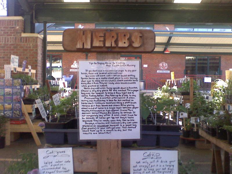 [Capitol+Market+-+Herbs2.jpg]