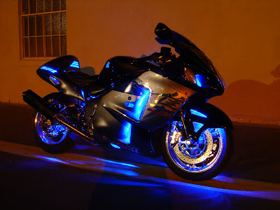 la moto la plus rapide au monde. Black Bedroom Furniture Sets. Home Design Ideas