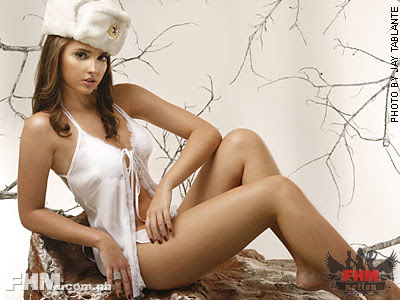 Hottest And Sexiest Fhm Celebrites 2008 Ariani Nogueira