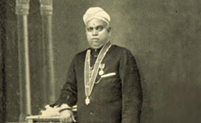 Adhunika Kavithrayam Essay Writing – 551038