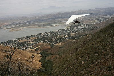 Prosthetic Center of Excellence News: Amputee hang glider