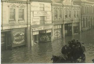 Chippenham - Flooded High Street