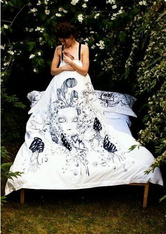 [bedsheet+(thedesignblog.com).jpg]