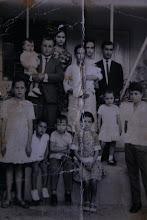 FOTO DE MINHA FAMÍLIA EM 1968 - CASA PASTORAL CIDADE DE SANTA BÁRBARA - MG