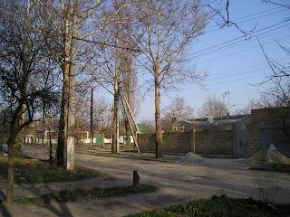 по ул Бегмы, вдали перекресток с Некрасова, 21 марта 2007