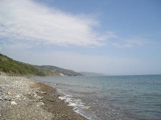 Алушта, пляж у базы Эврика