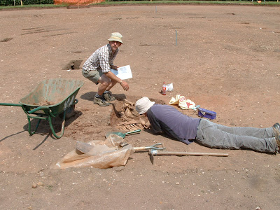 Excavating a horse carcass at Kenilworth Castle