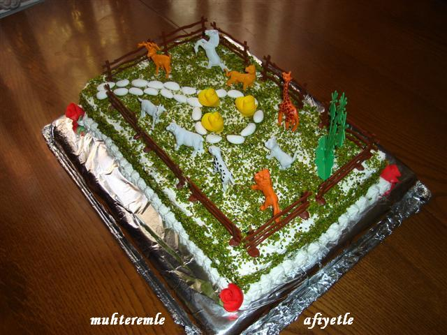 Çiftlik şeklinde pasta