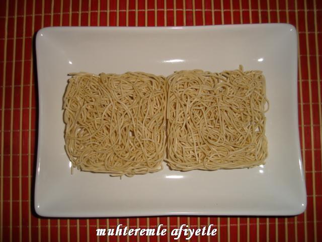 çiğ noodle