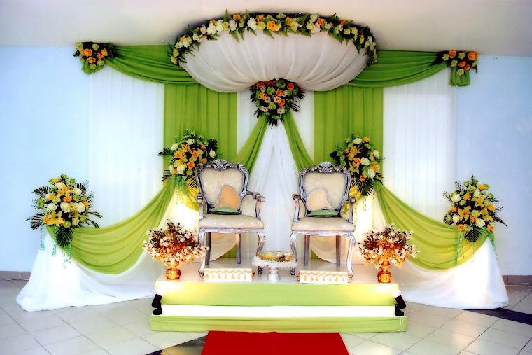 Apple Green & White