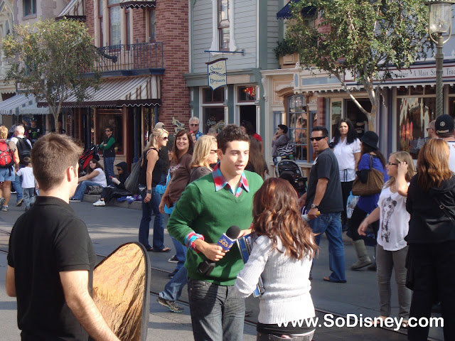 Disney Parks Christmas Day Parade Taping 2010