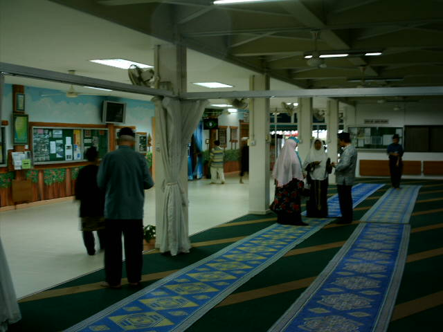 [Masjid+Selasar.JPG]