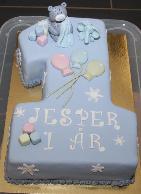 födelsedagstårta 1 år Susannes Tårtblogg: Födelsedagstårta till 1 åring födelsedagstårta 1 år