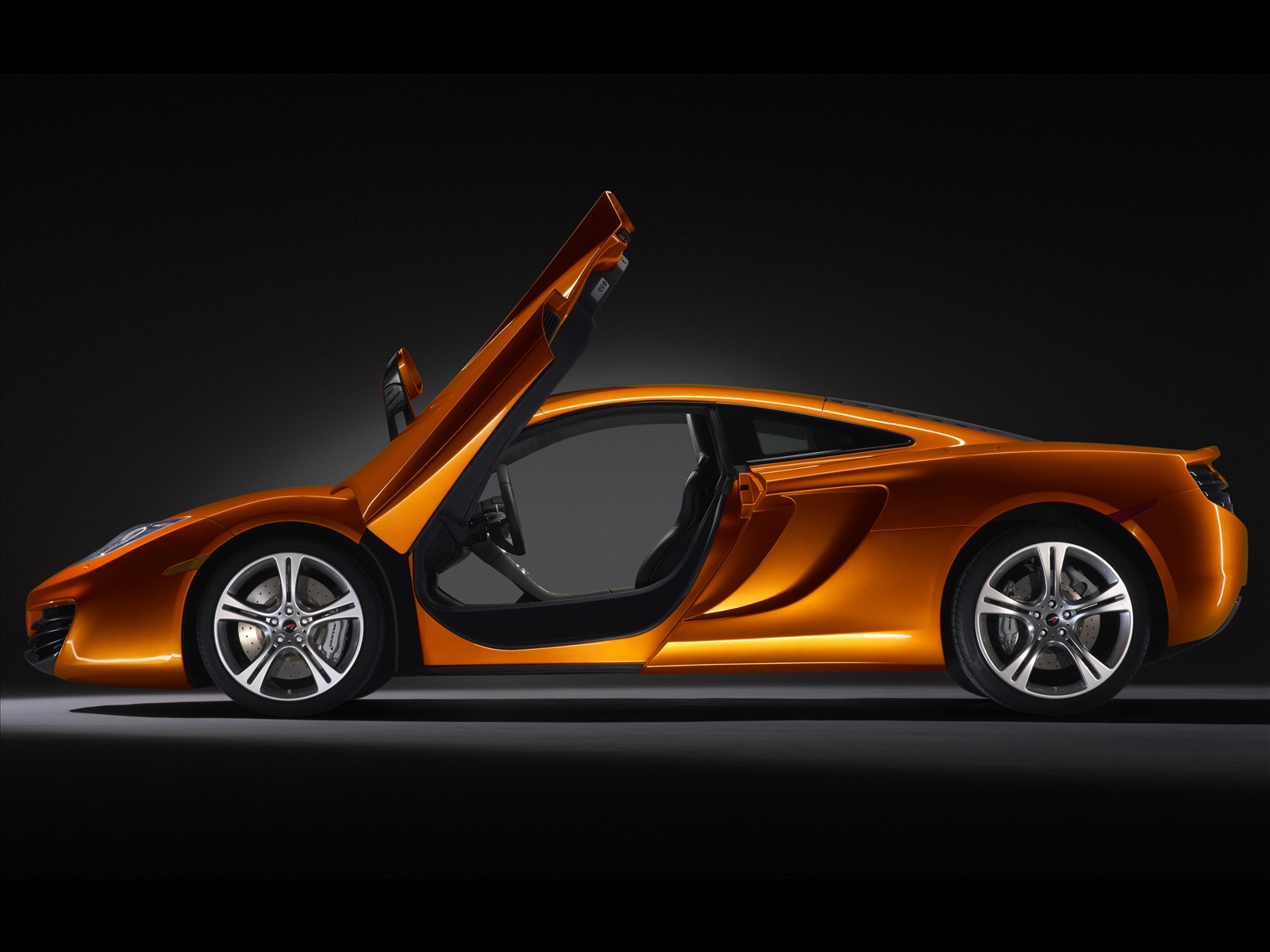 super cars: 2011 mclaren mp4-12c