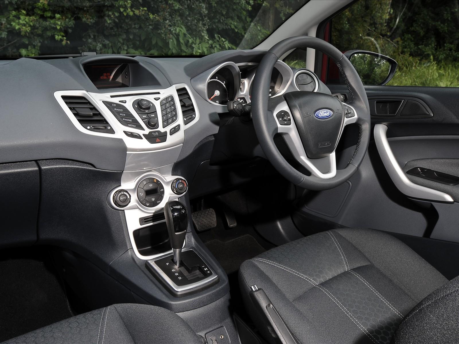Super Cars 2010 Ford Fiesta
