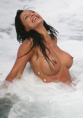 nereida gallardo boobs