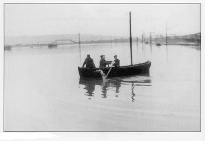 [floods.JPG]