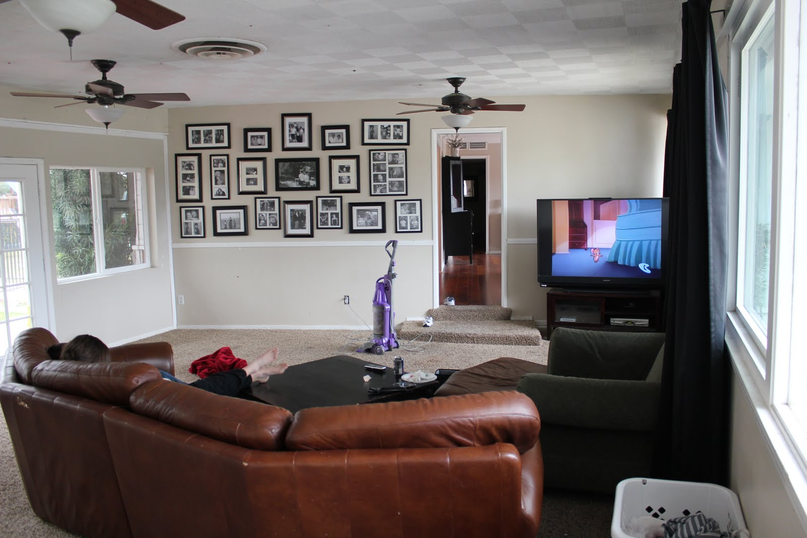 Remodelaholic living room renovation with diy - Best size flat screen tv for living room ...