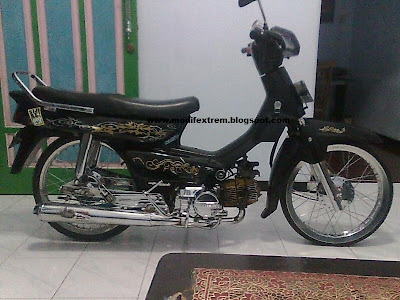 Modifikasi Motor Honda Grand Hitam 2
