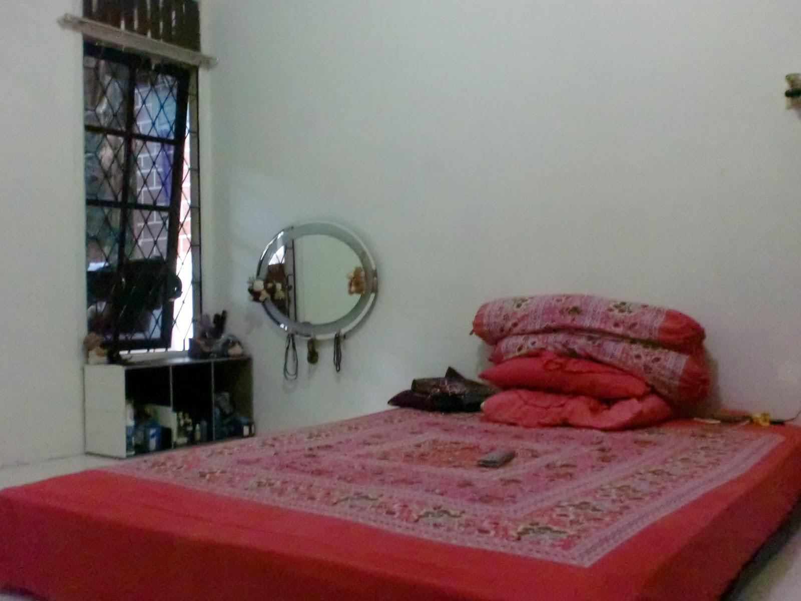 Kamar Tidur Sederhana Lesehan Interior Rumah