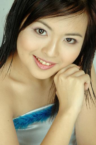 [vietnam-girl-melzie-0-723760.jpg]