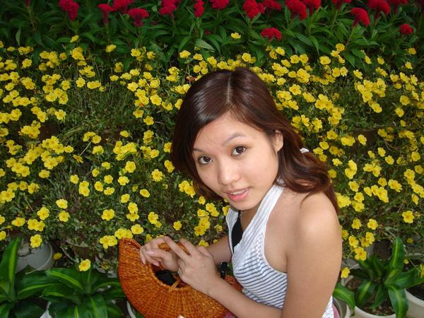 [vietnam-girl-0-lucky-3-707199.jpg]